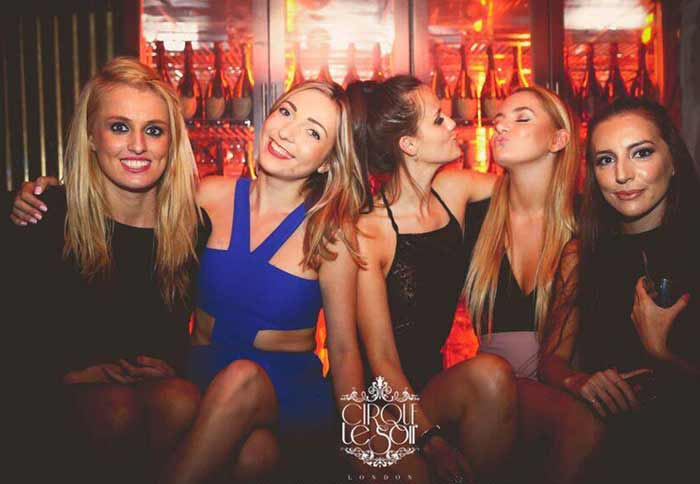Cirque Le Soir Table booking 2