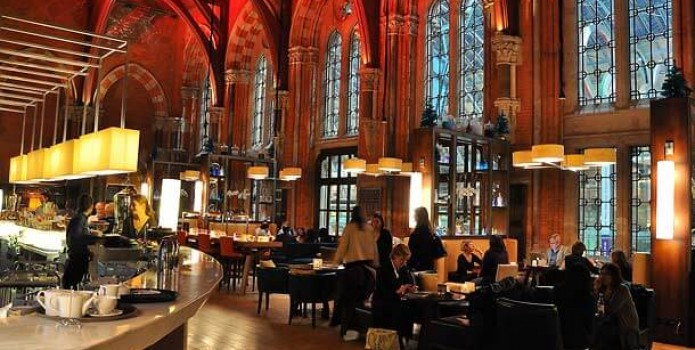 Booking Office : London's Top Bars. Great nightlife, extensive cocktail list, one of London's most exclusive bars.